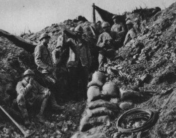 Französische_Infanterie_bei_der_Ausbesserung